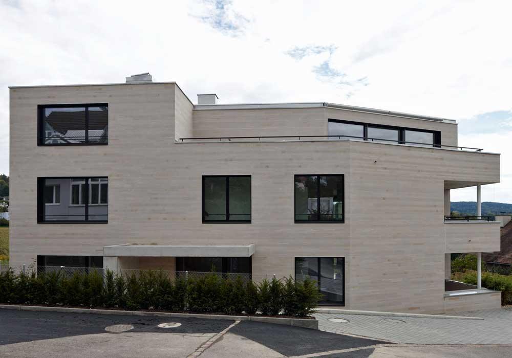 3-Familienhaus Zuerich Generalunternehmer Garageneinfahrt