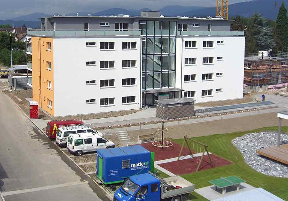 Eingamilienhaeuser und Eigentumswohnungen - 1